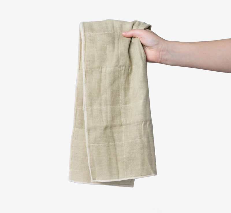 Nawrap green organic hand towel at Bookblock