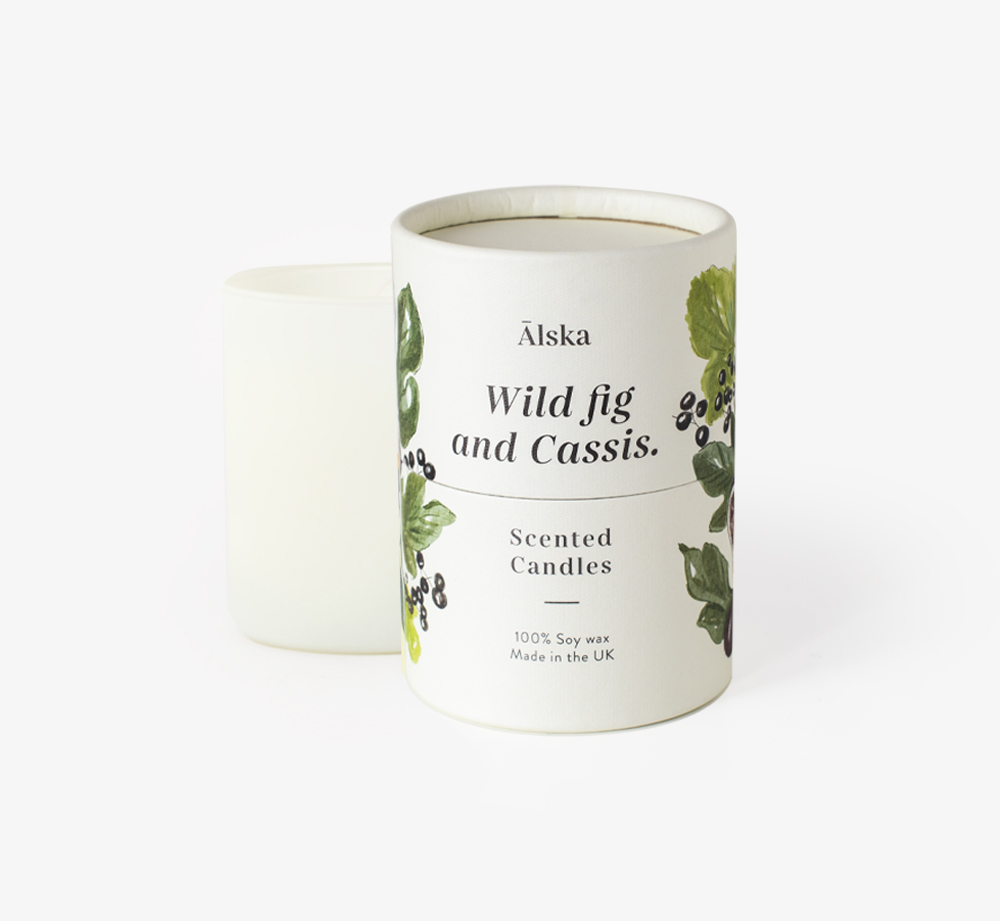Wild Fig and Cassis Candle by ÄlskaHome| Bookblock